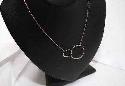 Interlinked-Ring-Pendants